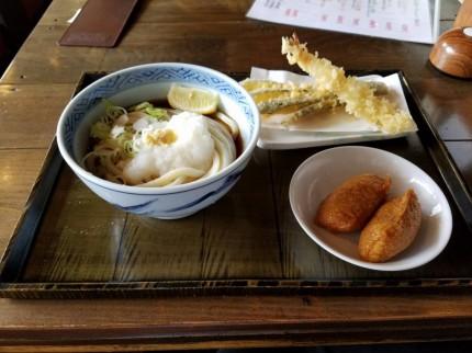 千葉市鎌取町にある自家製麺かまどのランチメニュー
