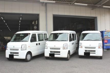 新横浜物流センターにて、撮影、軽貨物車両。