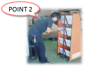 売り場作りサポートサービスのポイント 大きい販促什器の設置などにも対応しております。2