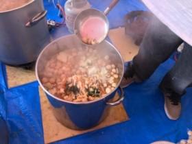 イベントに振舞われた、ちゃんこ鍋です。