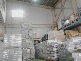 新横浜営業所、横浜市チラシの保管と倉庫内風景