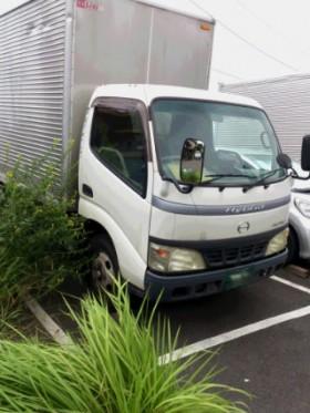 藤沢所有の2tトラック