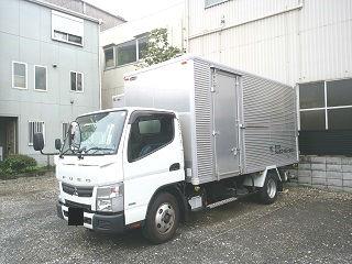 京浜営業所にて、所有の2t ロング 車両です。
