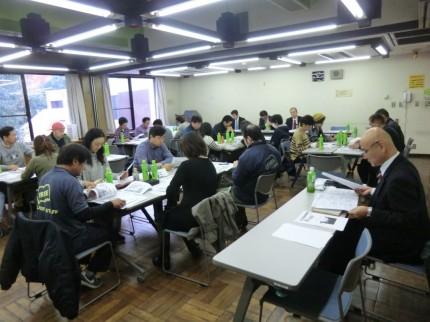 藤沢市にて行われた、情報共有の為のドライバー研修会を実施中。